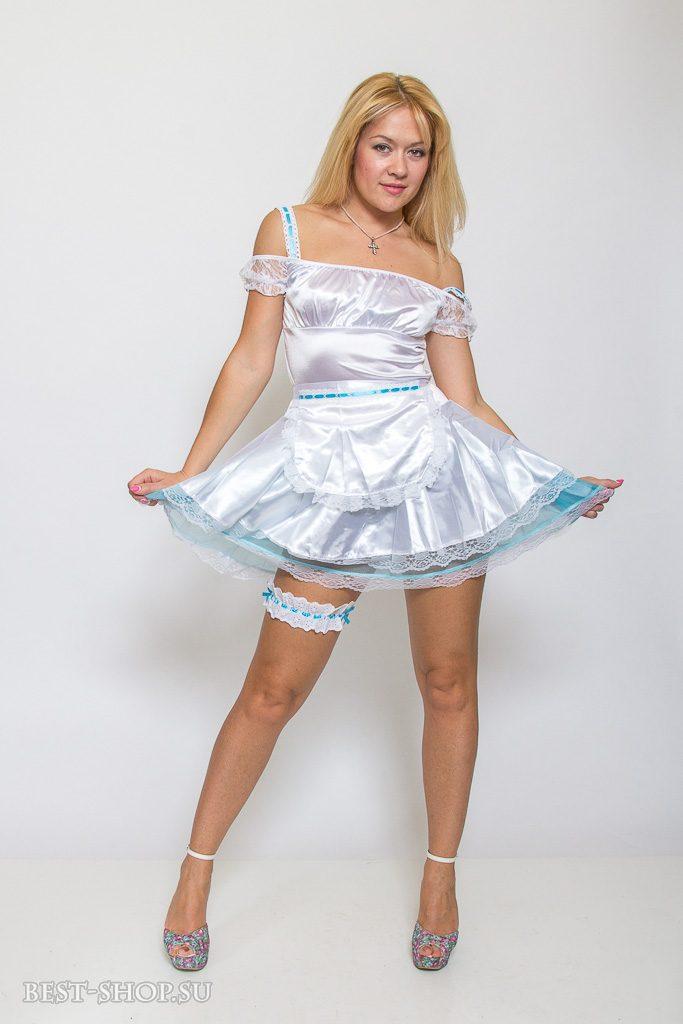 В продаже красивые костюмы Снегурочки